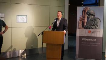 Oberbürgermeister Michael Ebling hält die Empfangs Rede